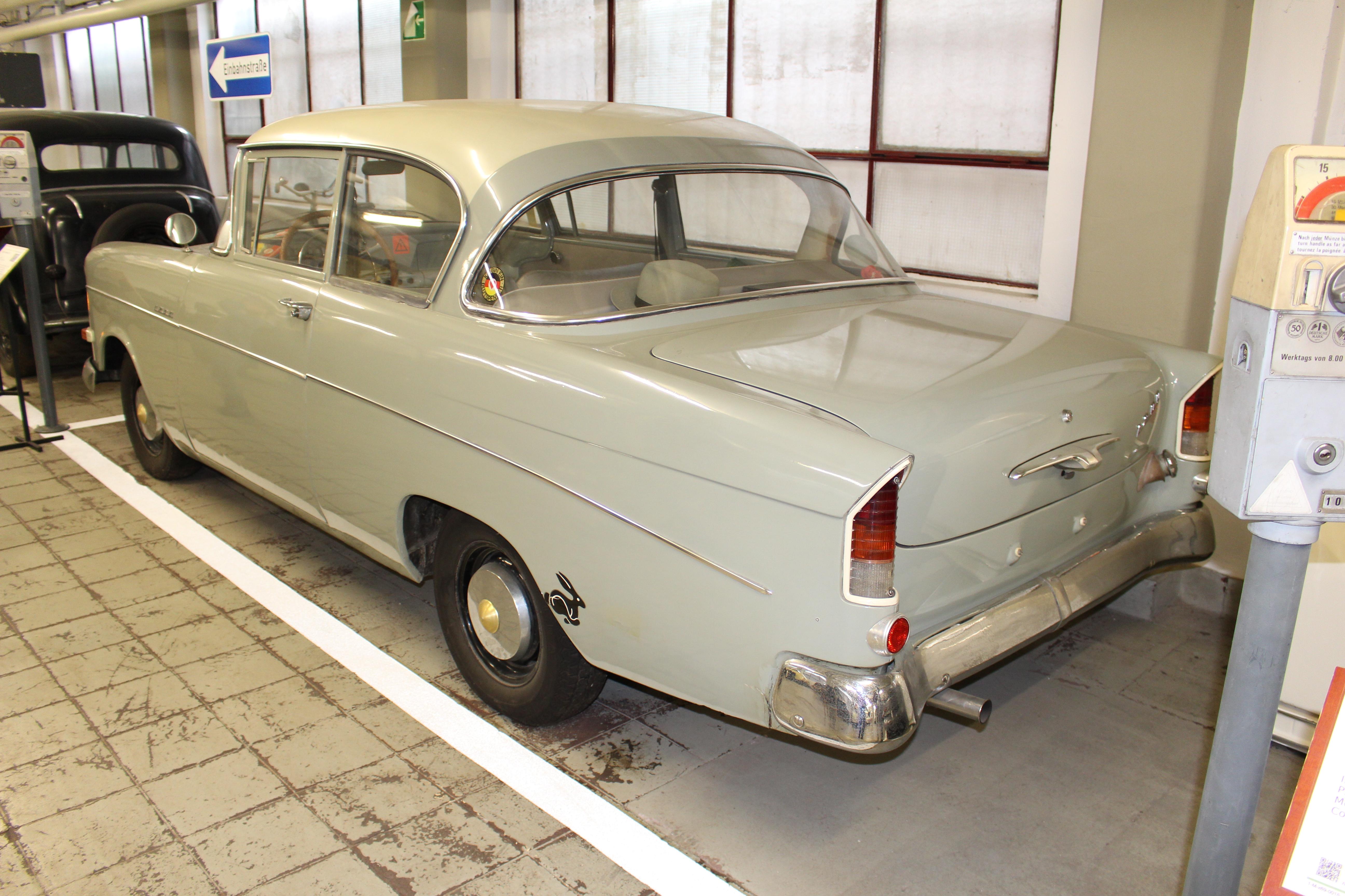 Opel Rekord P1 1200